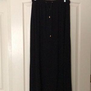 Ankle length knit skirt